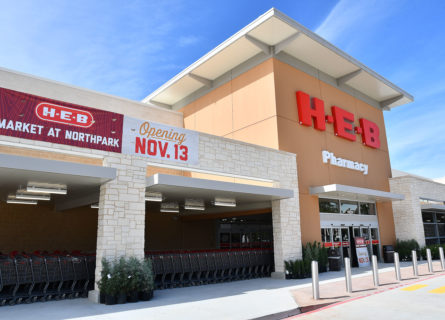 H-E-B opens second location in Kingwood - H-E-B Newsroom