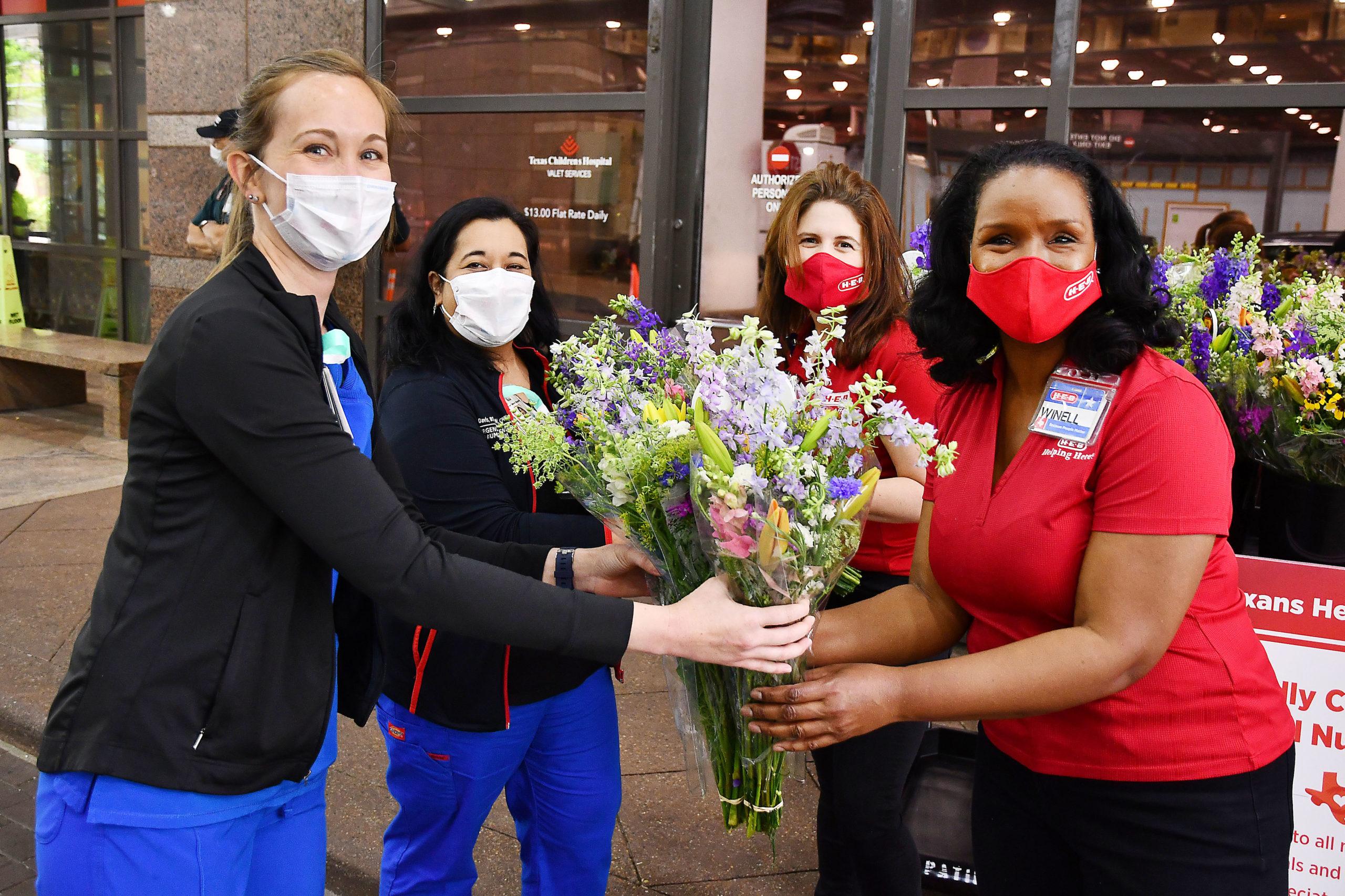 H-E-B honors nurses across Texas in celebration of National Nurses Week - H-E-B Newsroom